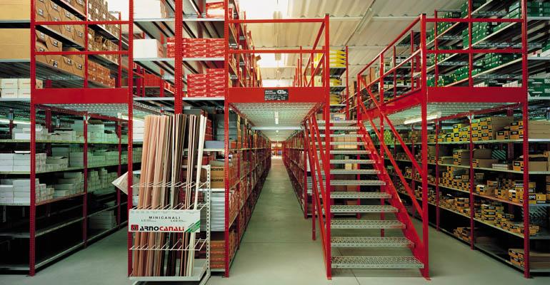 scaffali metallici industriali scaffalatura negozio scaffalature industriali