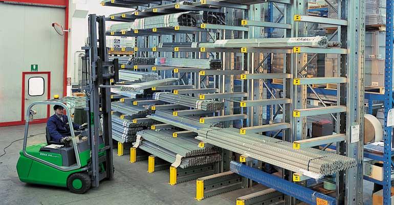 CANTILEVER scaffali metallici industriali