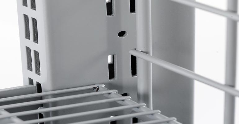 arredo negozio - scaffalatura wire
