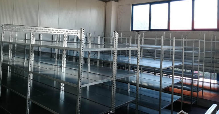 scaffalature metalliche iscaffalatura industriale, arredo negozio, scaffalatura industriale ascoli piceno Marche Lazio