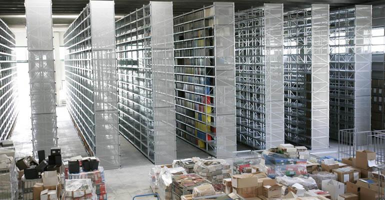 Scaffalature metalliche a piani robusti